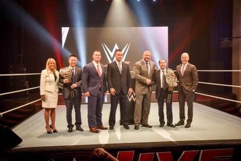 WWE-Group_Shot_China_Announcement