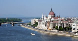 Budapest_Parliament_616